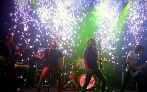 Dirty Diamonds - Live sparkle promo